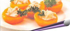 Персики, фаршированные киви