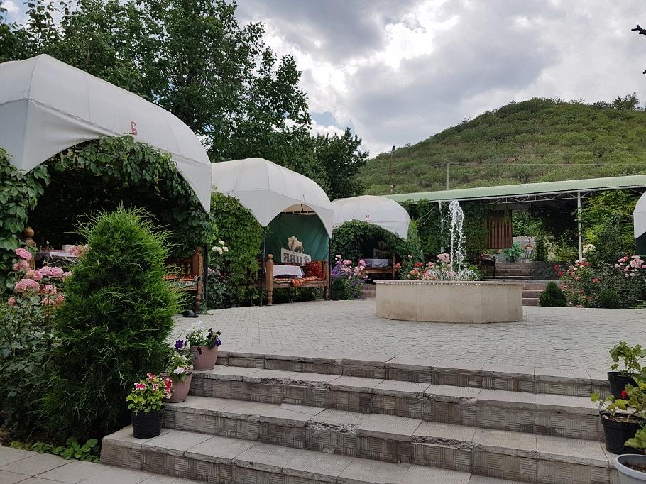чайхана на юге Бишкека