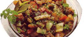 Тушеное мясо с фасолью