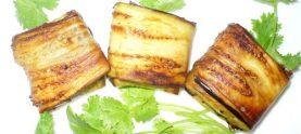 Баклажановые рулеты с ореховым соусом