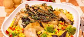 Цыпленок в белом вине с ароматными травами